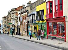 glastonbury-high-street